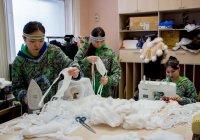 Швейный цех ансамбля «Энэр» Магаданской филармонии занят пошивом медицинских масок для собственных нужд, и нужд учреждений культуры Магаданской области